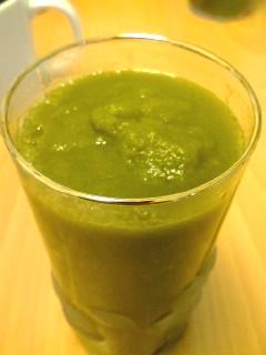野菜ジュースに挑戦