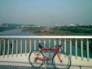 久しぶりの朝のサイクリング